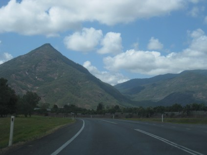 The road west from Cairns