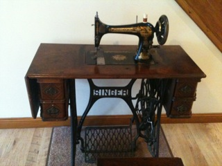 My Old Singer Sewing Machine