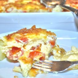 Crustless Tattie, Cheese, Tomato & Onion Quiche