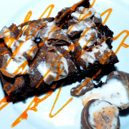 Creme Egg Brownies – With A Surprise Middle