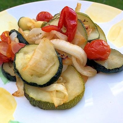 Actifry Recipe: Summer Garden Veg with Garlic
