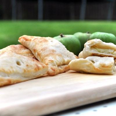 Quick and Easy Apple Turnovers