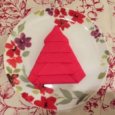 Christmas Tree Napkin Fold Tutorial