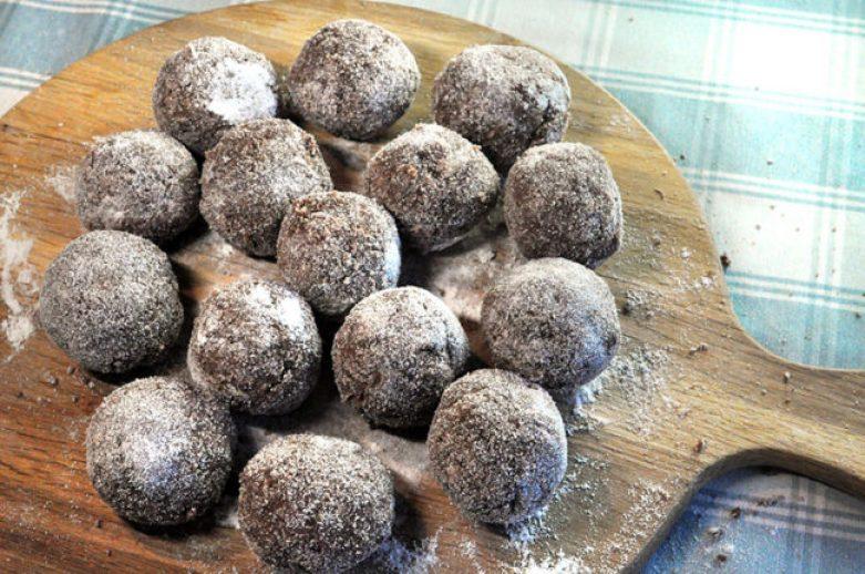 high-protein-high-energy-balls