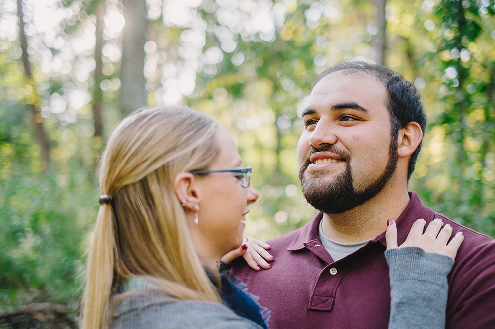 Fall-woods-engagement-columbia-missouri-003