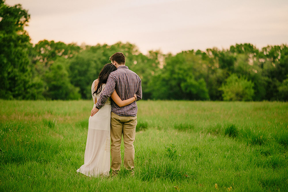 columbia missouri summer evening engagement photographs- 2014027-011