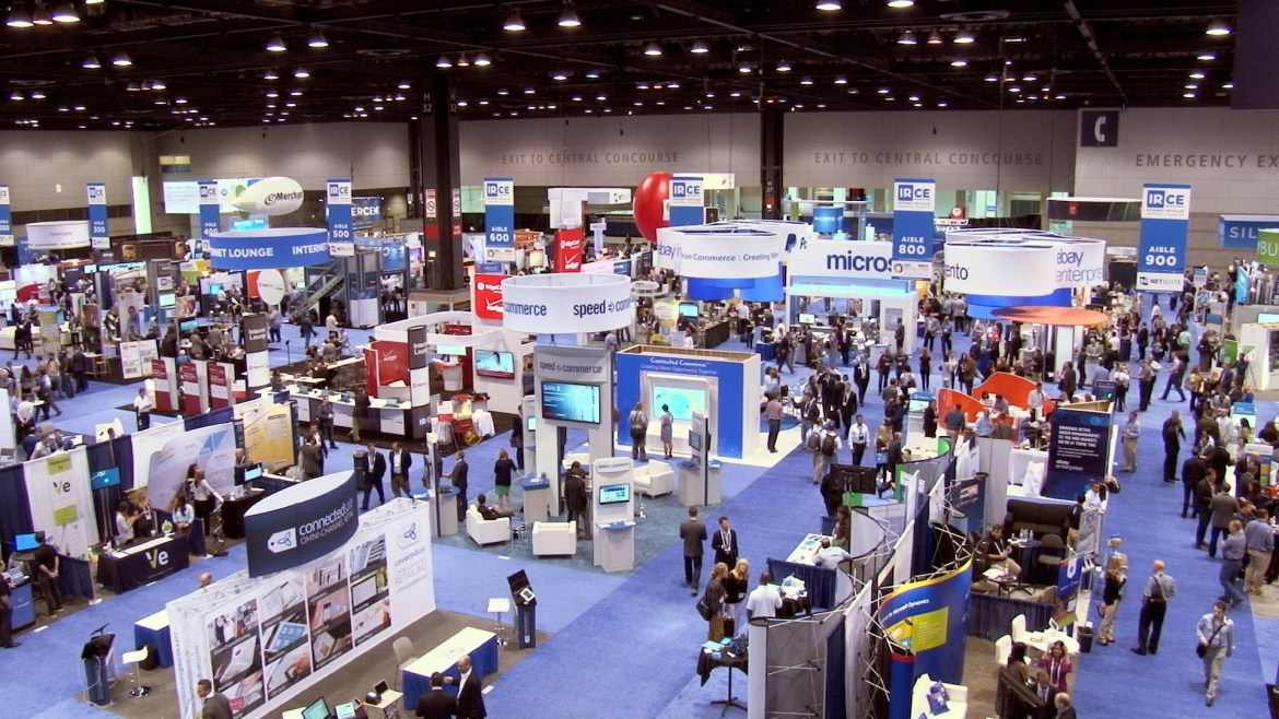 Secrets to stopping more qualified leads at a trade show booth