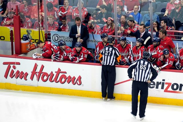 Tonight's NHL Referees & Linesmen – 1/15/15