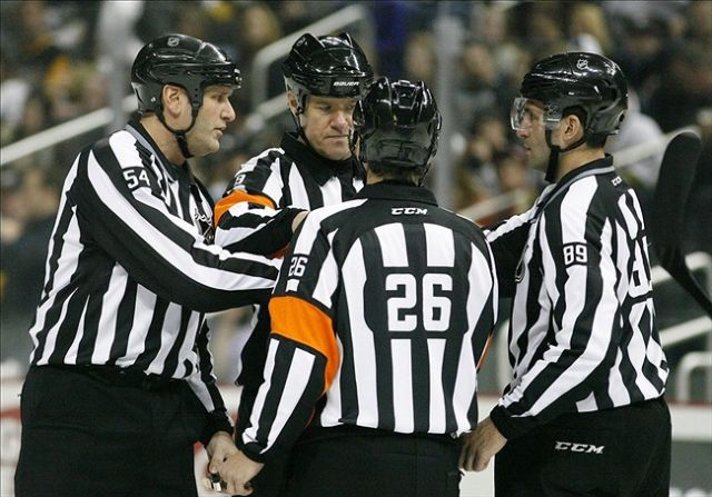 Tonight's NHL Playoff Referees & Linesmen – 4/24/15