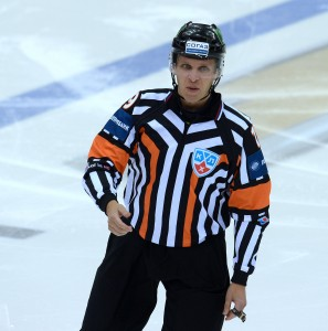 Referee Jyri Ronn, officiating in the KHL (via KHL)