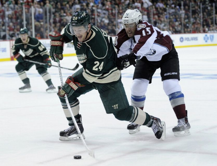 Wild's Matt Cooke Suspended 7 Games for Kneeing Avs' Barrie