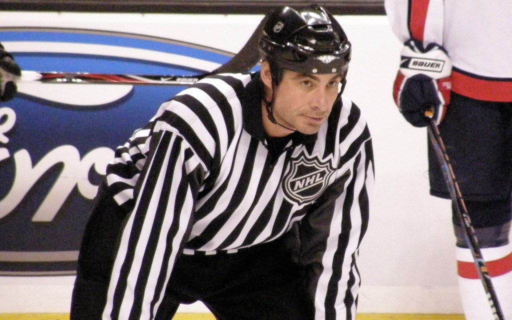 Tonight's NHL Referees & Linesmen – 10/16/15