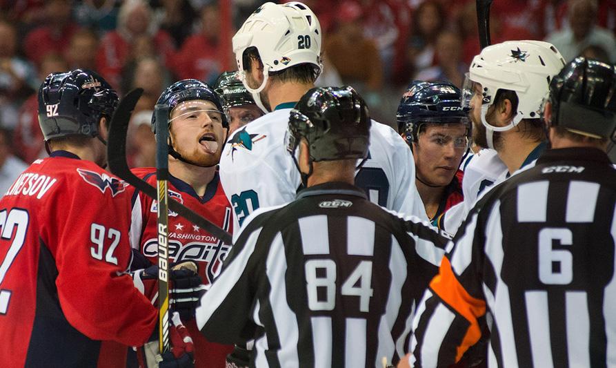 Tonight's NHL Officials – 11/26/14