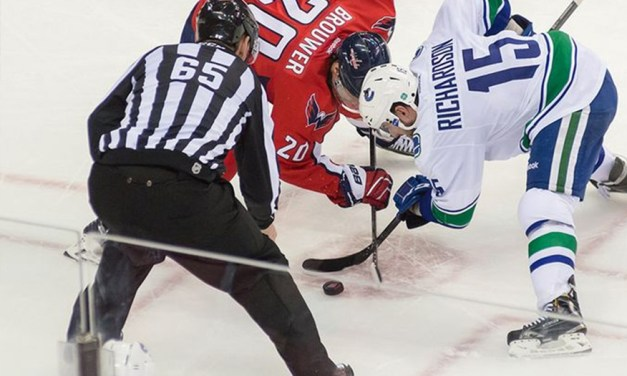 Tonight's NHL Referees & Linesmen – 4/15/15