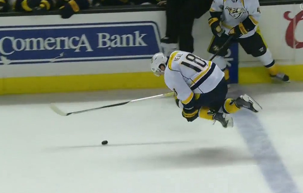NHL Issues 22 Diving Warnings, First Fine to Preds' Neal