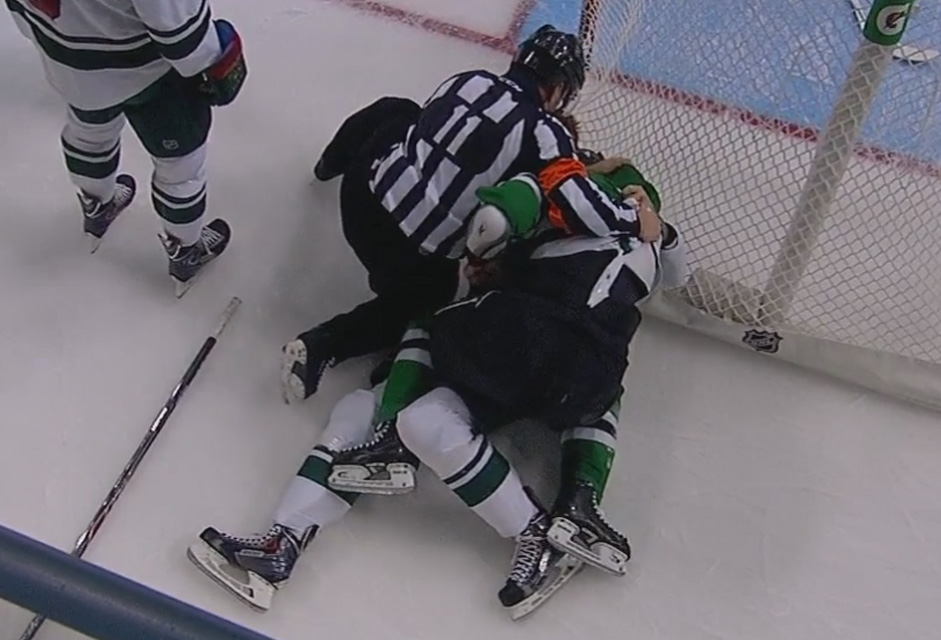 Tonight's NHL Referees & Linesmen – 2/25/16