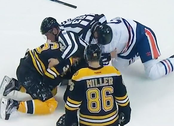 Bruins' Rinaldo Claims Injury Was Caused By Linesman