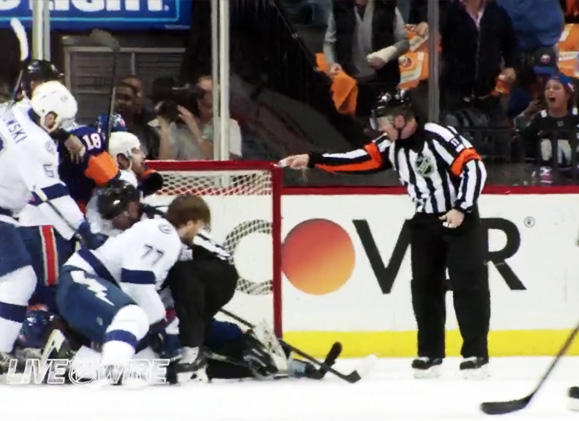 Tonight's NHL Stanley Cup Playoff Referees & Linesmen – 5/18/16