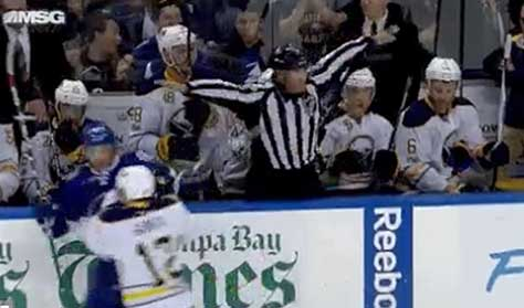 Tonight's NHL Referees and Linesmen – 4/3/18