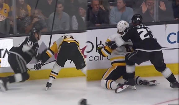 NHL Fines Kings' Brown, Pens' Malkin for Separate Incidents