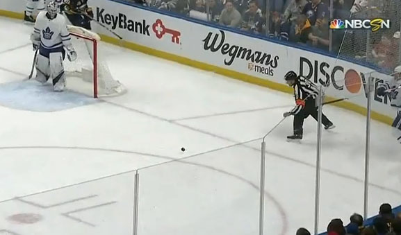 Sabres' O'Reilly Scores Off Referee Deflection