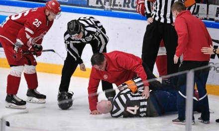 KHL Referee Eduard Odins Suffers Broken Leg