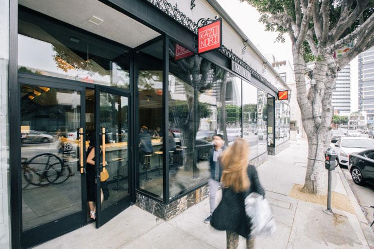kazunori-westwood-sushi-hand-roll-bar-by-marmol-radziner-palm-springs-california-08