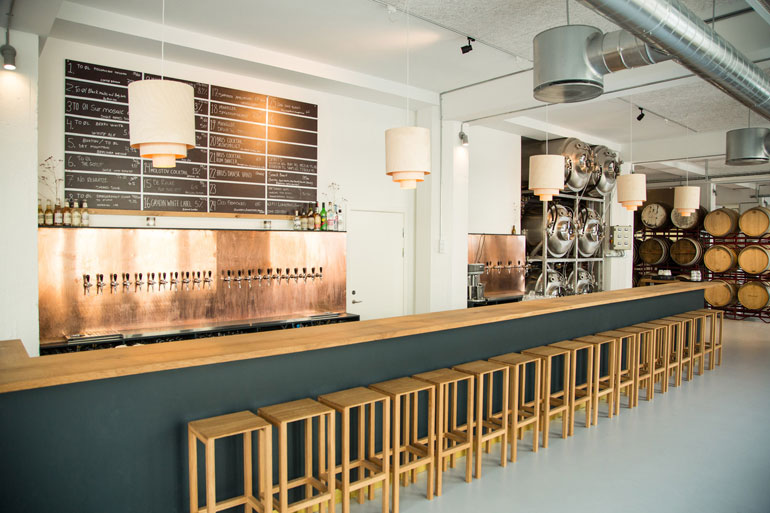 brus-brewery-by-to-ol_dezeen_2364_col_0