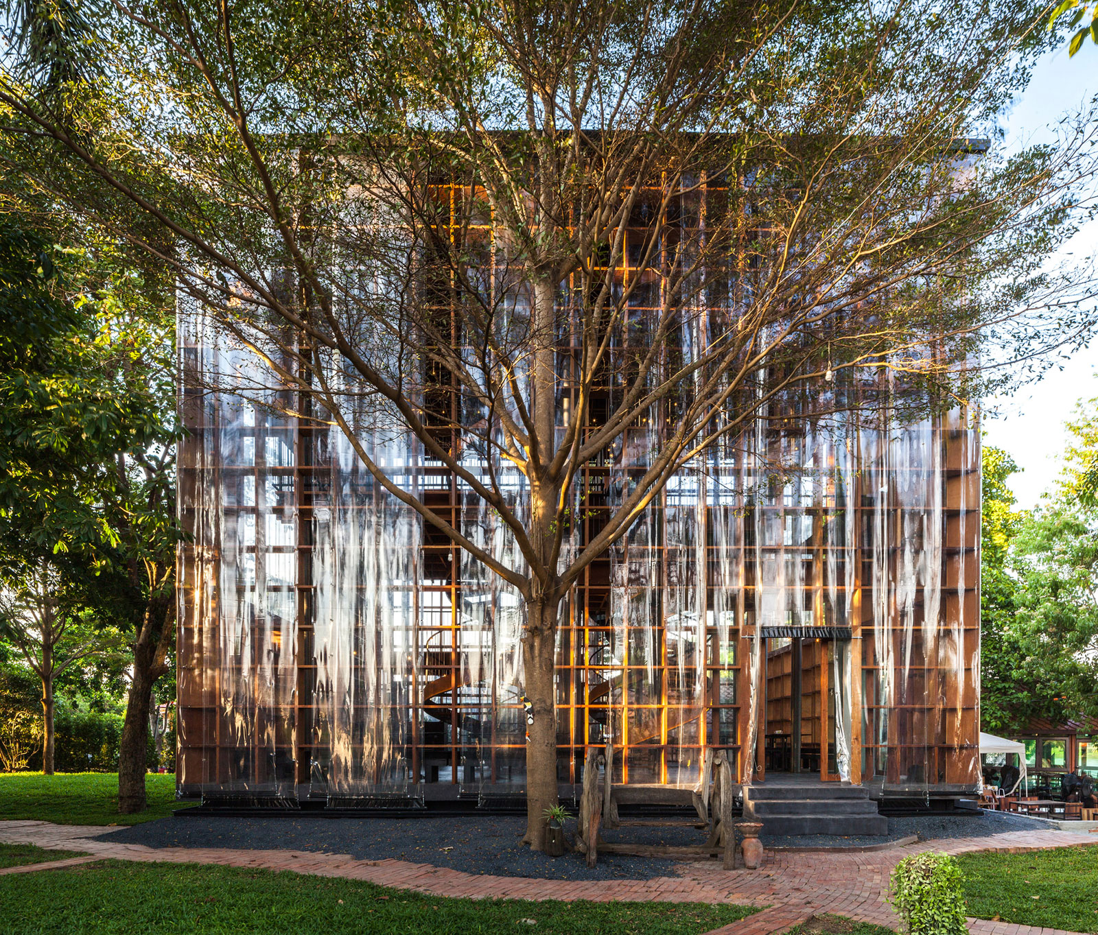 wine-bangkok-project-studio-architecture-public-leisure-thailand-_dezeen_2364_col_22