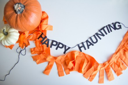 Freebie - Printable Happy Haunting Halloween Garland