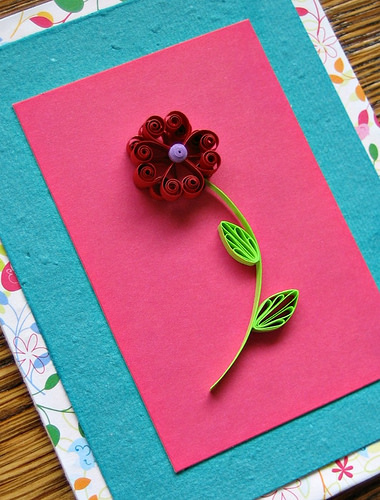 Tutorial - Quilled Flower Valentine Card at All Things Paper