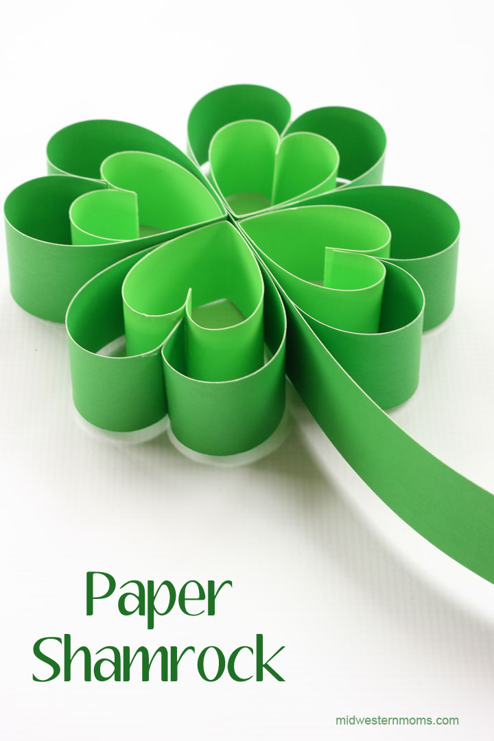 Paper Shamrock from Midwestern Moms