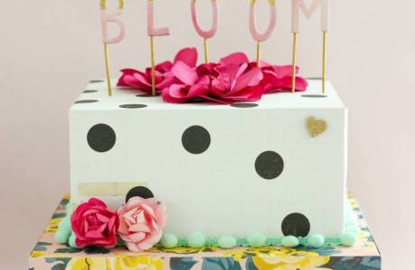 Tutorial | Scrapbook Cake Party Decor