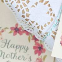 Free Printable Floral Mother's Day Card & Gift Tag Set