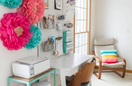 Top 10 Colorful & Organized Craft Room Ideas