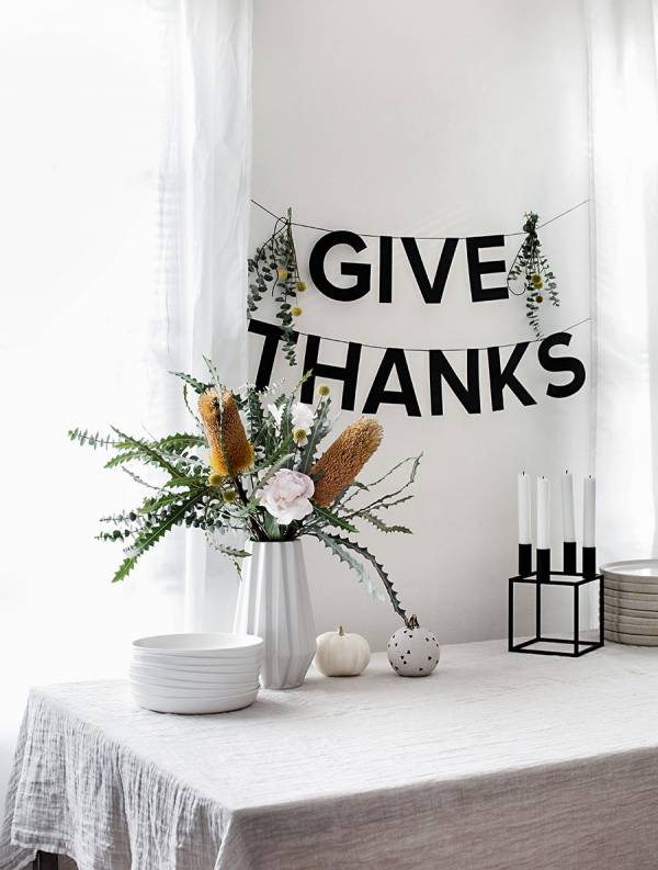 Printable GIVE THANKS Banner for Thanksgiving