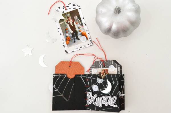 Halloween Mini Tag Album