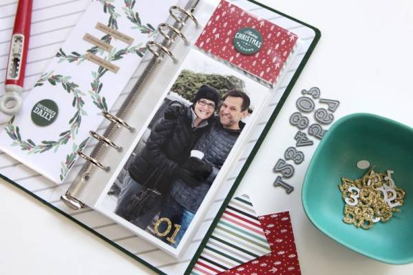 "3"" x 8"" December Pocket Pages"