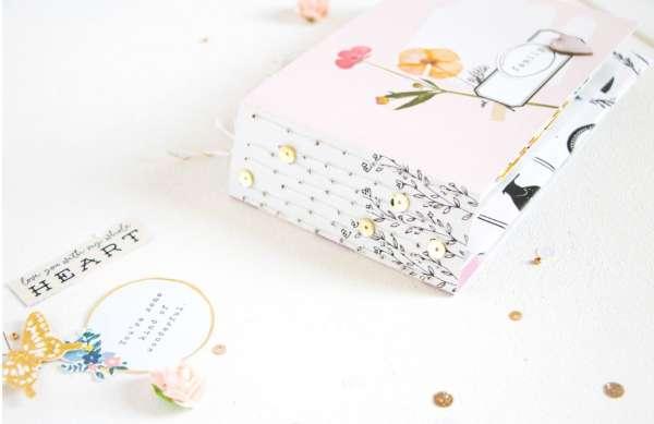 Envelope and Pocket Mini Album