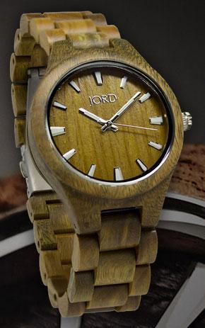 Natural Green Wood Watch