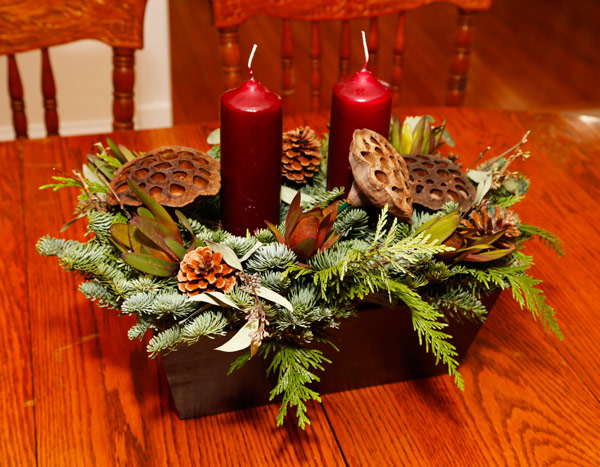 holiday-decor-candles-live-proflowers