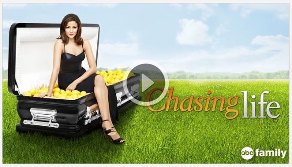 Chasing Life Show on Netflix; Netflix shows about families #streamteam
