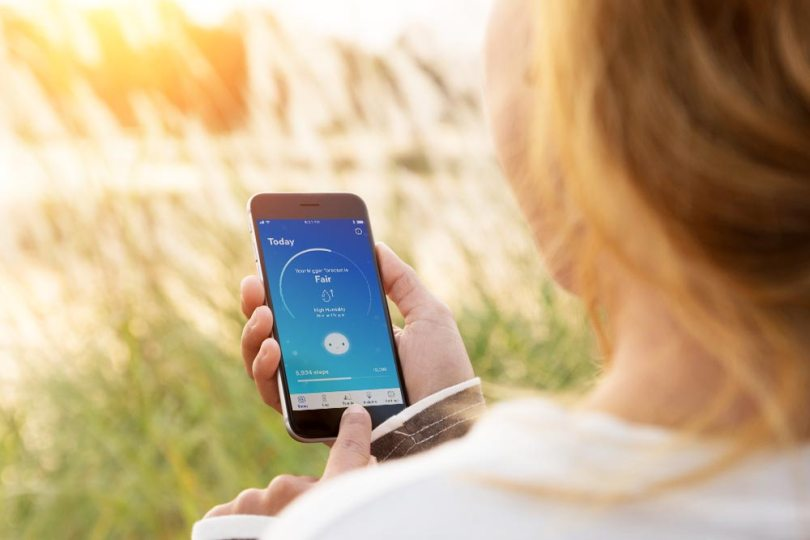 3MTMRespiratory Tracker will help you and I take control of our breathing as part of living a healthy lifestyle. The tracker is paired with an app on your phone will give you insights into what triggers your asthma and/or allergy attacks