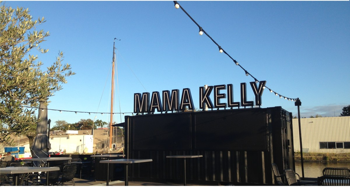 Mama Kelly Den Haag