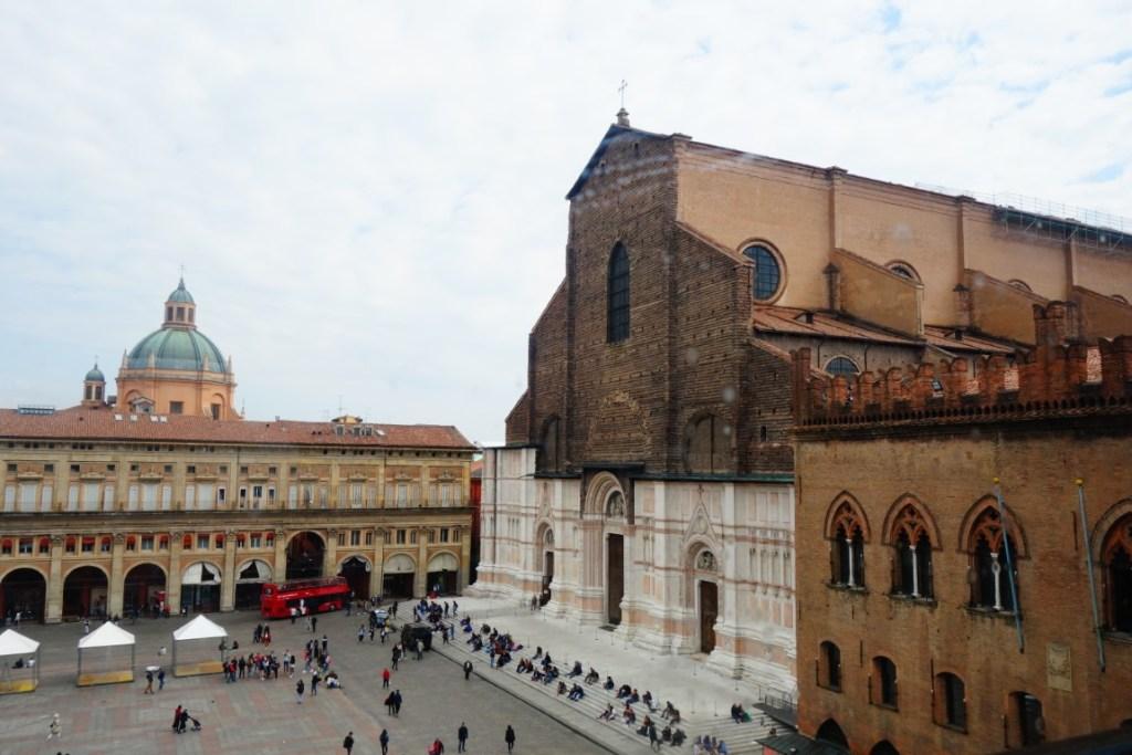 Cityguide Bologna Piazza Maggiore