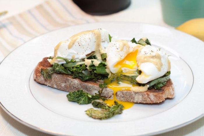 Garlic Basil Kale Poached Eggs Toast with Tahini Lemon Dressing