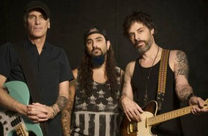 The Winery Dogs 3