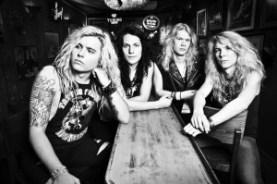 SANTA CRUZ - What Rock n' Roll Is Supposed To Be - Screamer