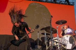 Photos – POP EVIL Live! – FivePoint Amphitheatre