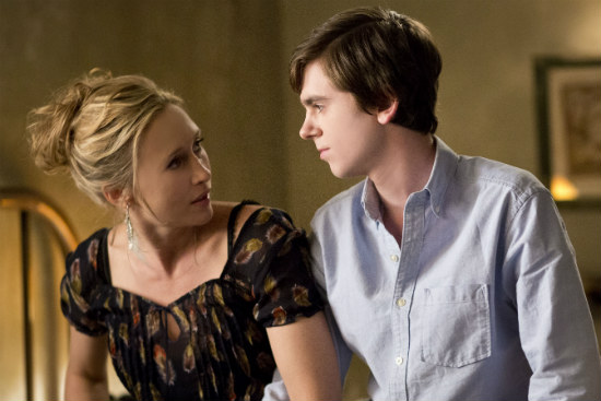 [TV News Nibblets] TV News Roundup For The Week of 01-24-14; HBO Cancels 'Hello Ladies' & 'Family Tree', Bates Motel Season 2 Premiere Date, ABC Renews 'Wipeout' & Much More! 3